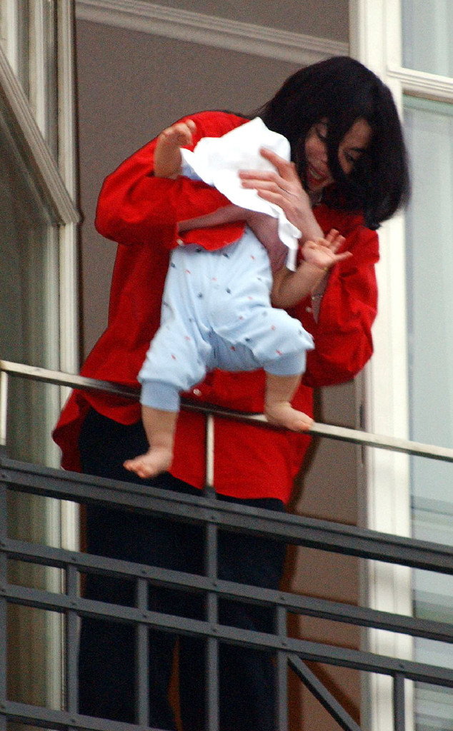Michael Jackson, Balcony