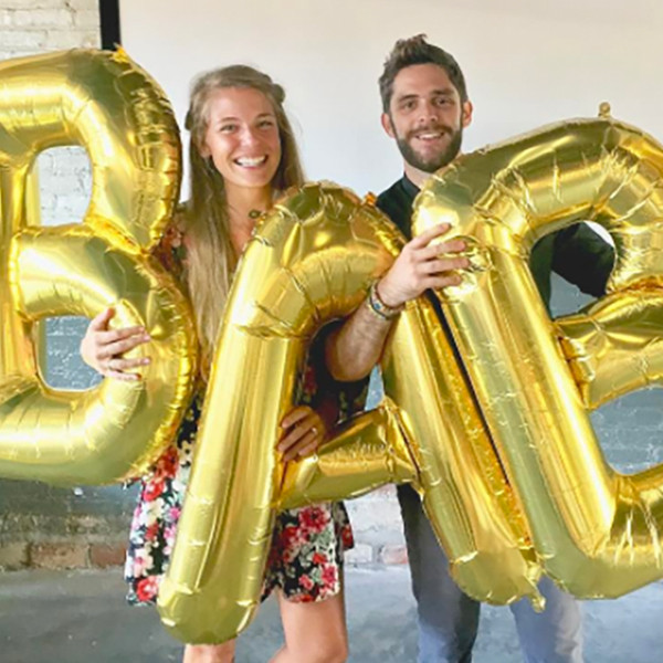 Thomas Rhett Akins, Lauren Akins, Pregnancy Announcement