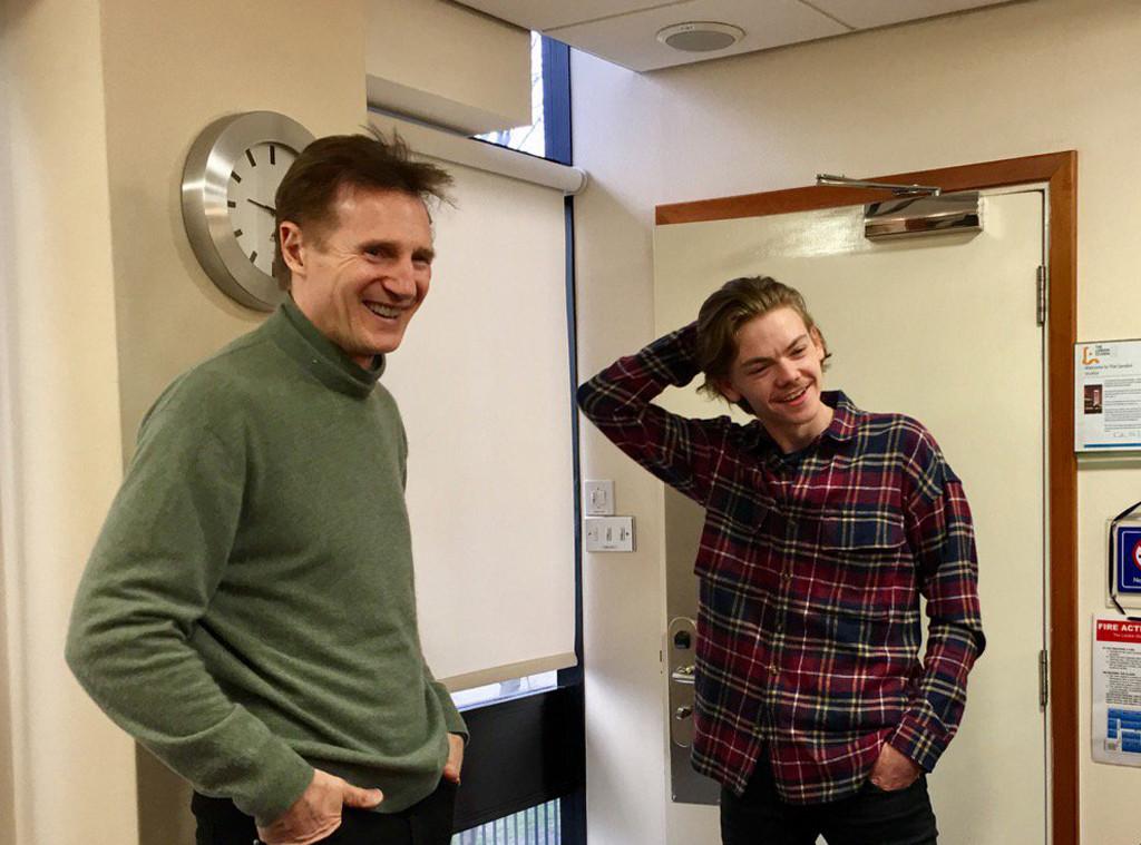 Liam Neeson, Thomas Brodie Sangster, Twitter