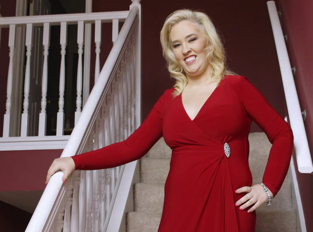 """Mama June Says """"Hell No"""" To Getting More Plastic Surgery"""