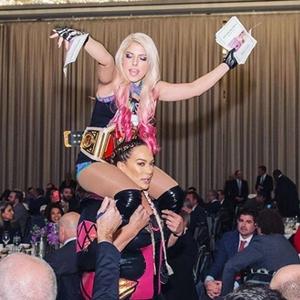 Nia Jax, Alexa Bliss, Total Divas