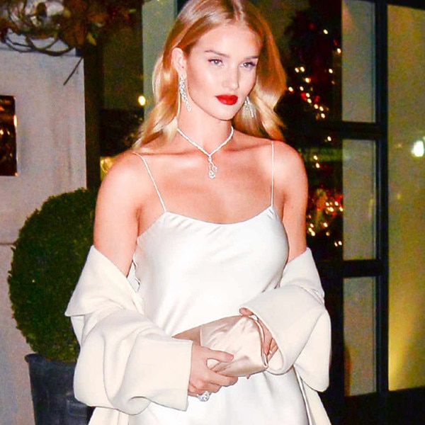 7 Makeup Products Rosie Huntington-Whiteley Uses for her Winter Glow