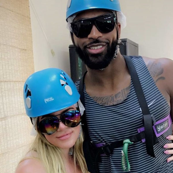 Khloe kardashian news pictures and videos e news for Tristan thompson tattoo