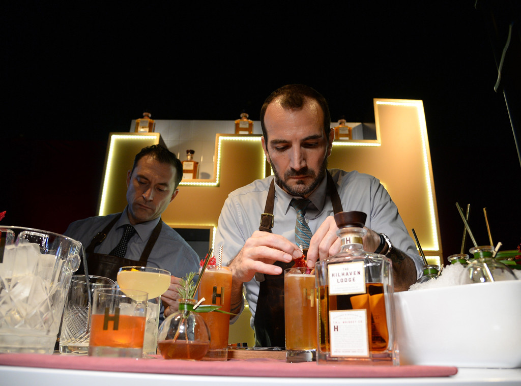 Oscars cocktails, Hilhaven Lodge