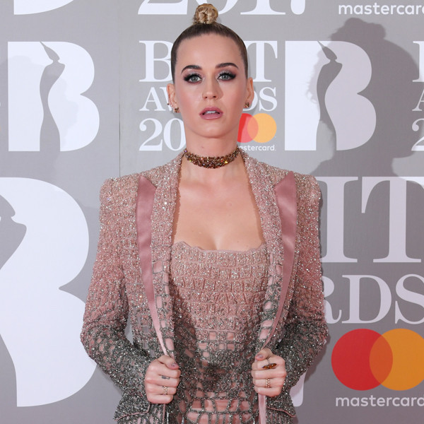 Brit Awards 2017: Red Carpet Arrivals