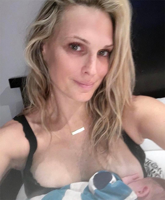 Molly Sims, Breastfeeding