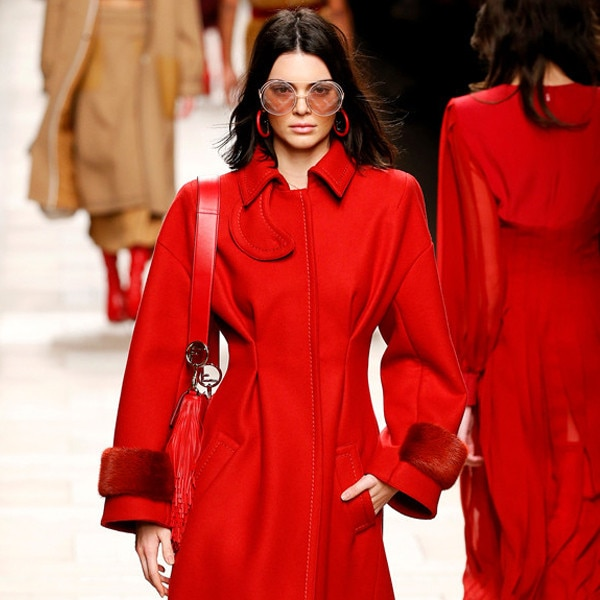 ESC: Kendall Jenner, Milan Fashion Week