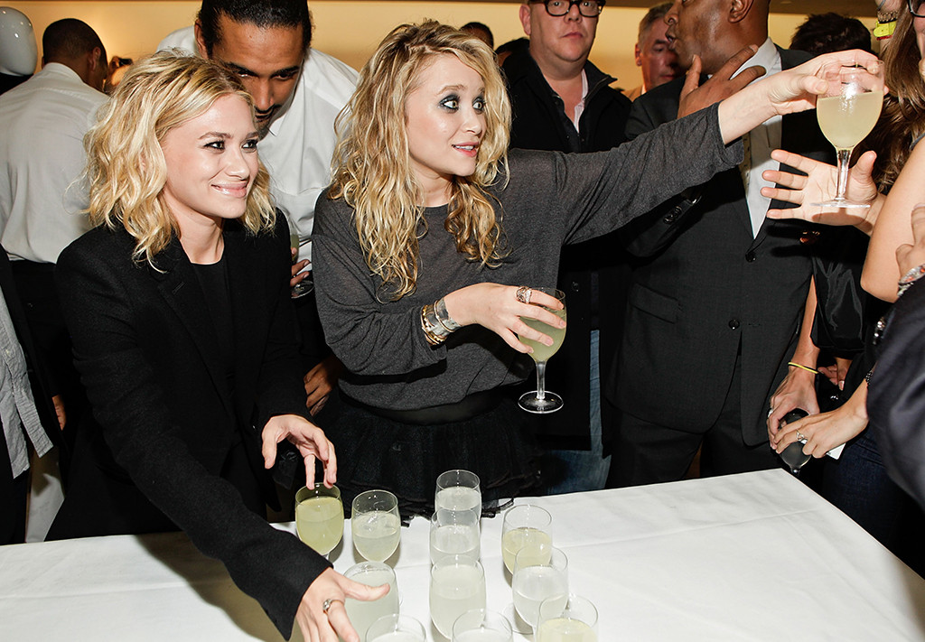 Mary-Kate Olsen, Ashley Olsen, Celebrity Bartenders