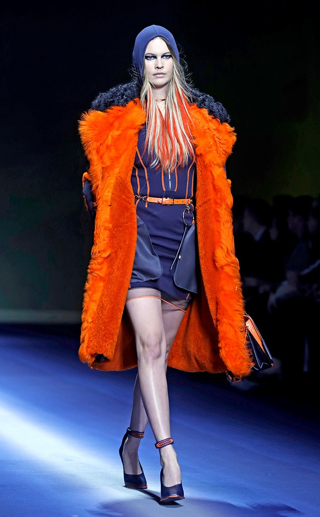 Behati Prinsloo, Versace, Milan Fashion Week