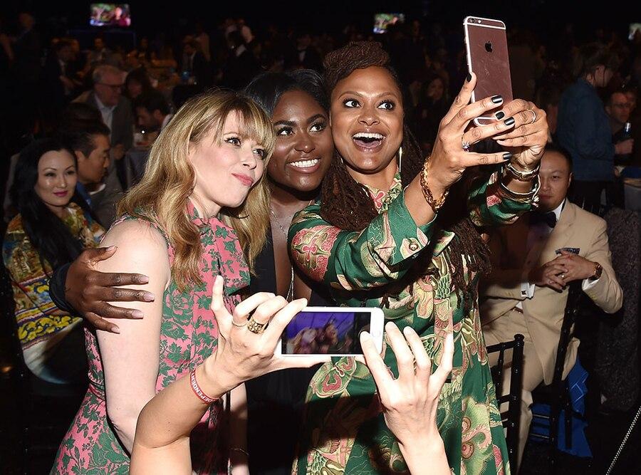 Natasha Lyonne, Danielle Brooks, Ava DuVernay, 2017 Film Independent Spirit Awards, Show, Celebs taking Selfies
