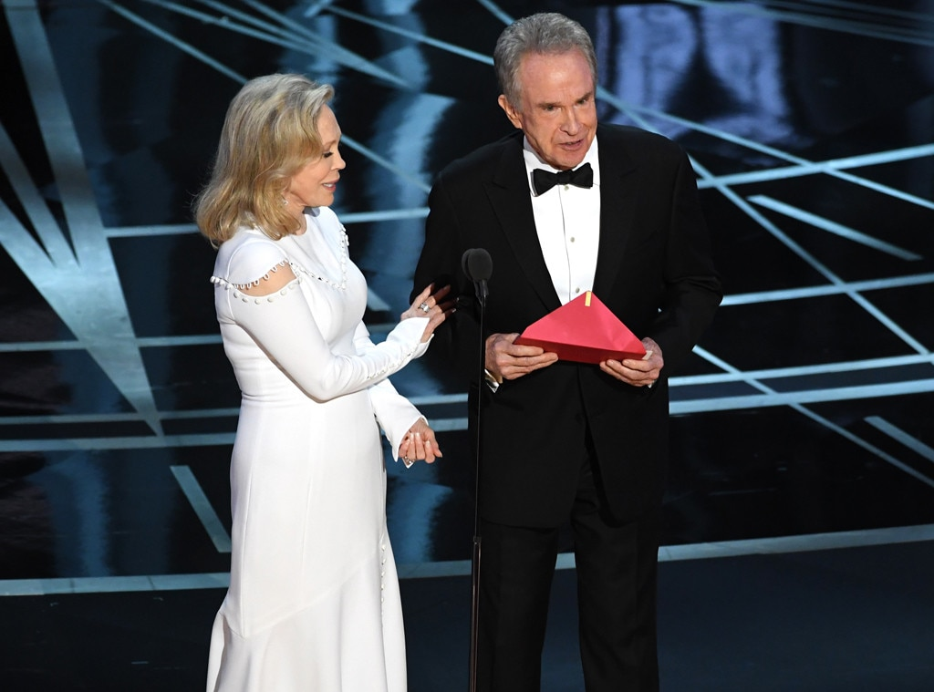 Faye Dunaway, Warren Beatty, 2017 Oscars, Academy Awards, Show