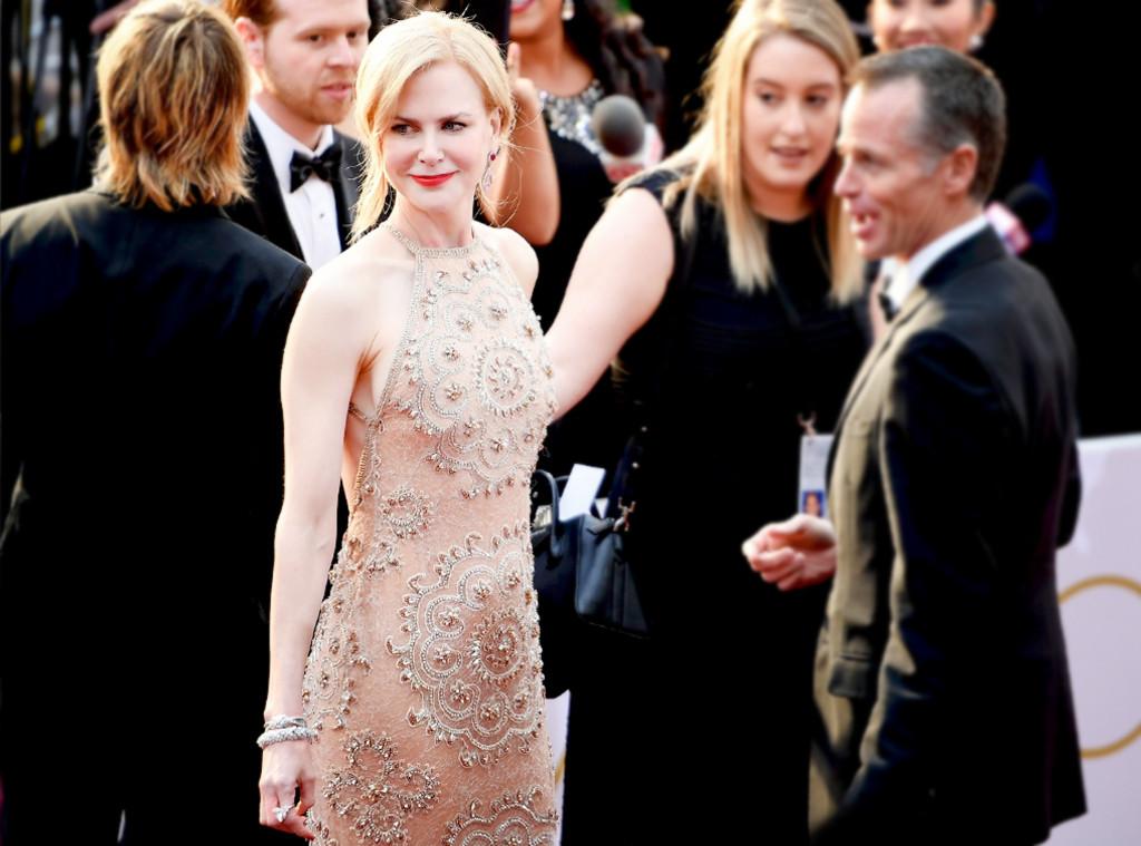 ESC: Nicole Kidman Candid, Blur