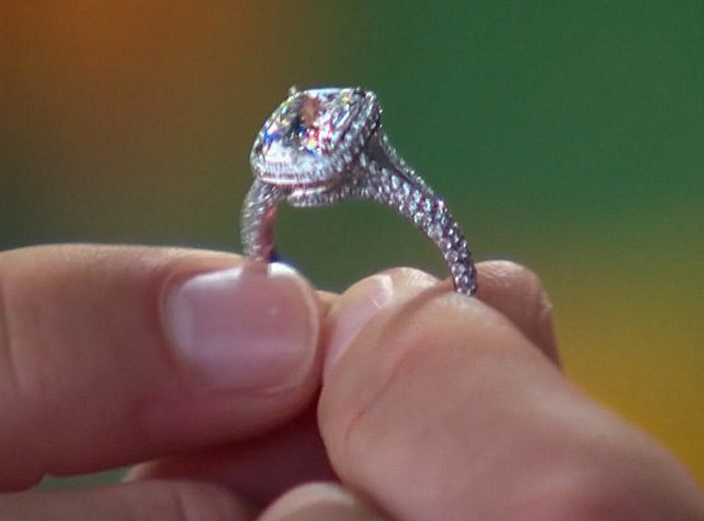 The Bachelor, Juan Pablo Galavis, Nikki Ferrell, Engagement Ring