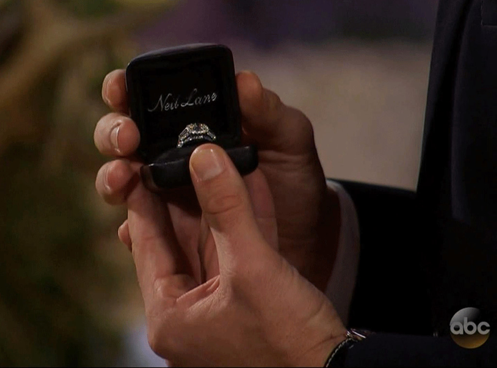Nick Viall, Engagement Ring
