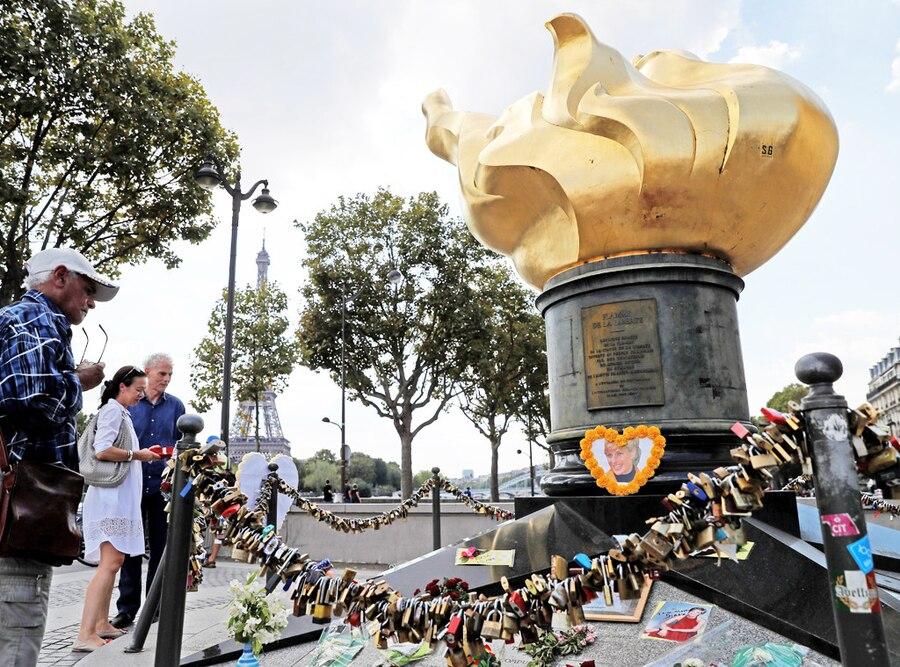 Flame of Liberty, Princess Diana Memorial