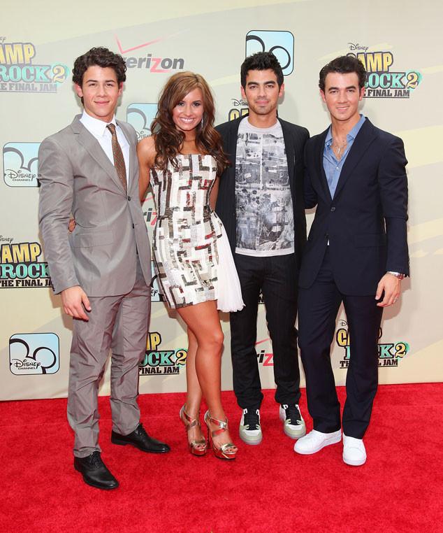 Nick Jonas, Demi Lovato, Joe Jonas, Kevin Jonas