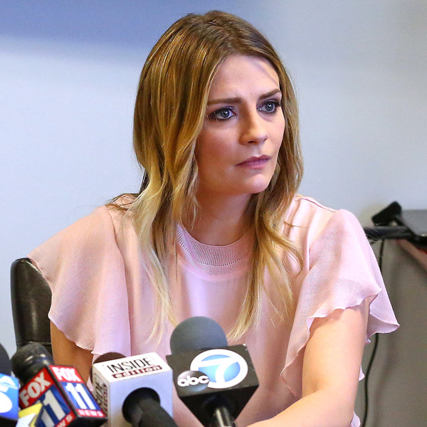 The Rise and Fall of Mischa Barton: A Timeline | E! News