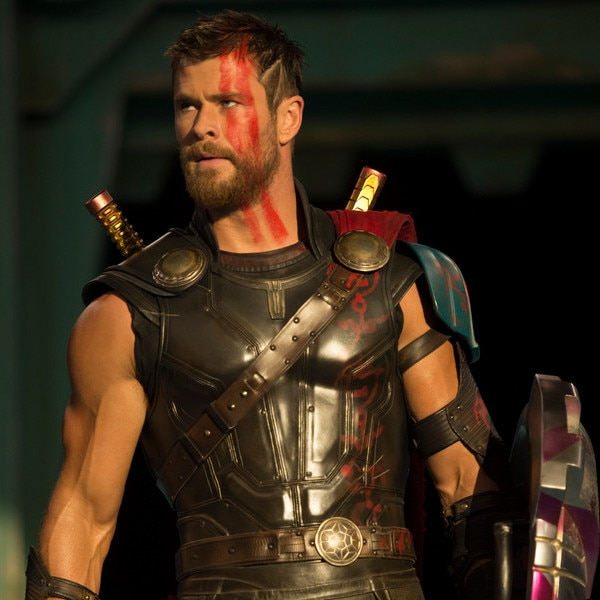 Brand new Thor: Ragnarok trailer pits Thor against Hulk