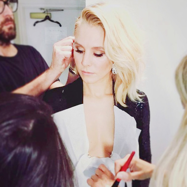 ESC: Kristen Bell, Beauty Beat