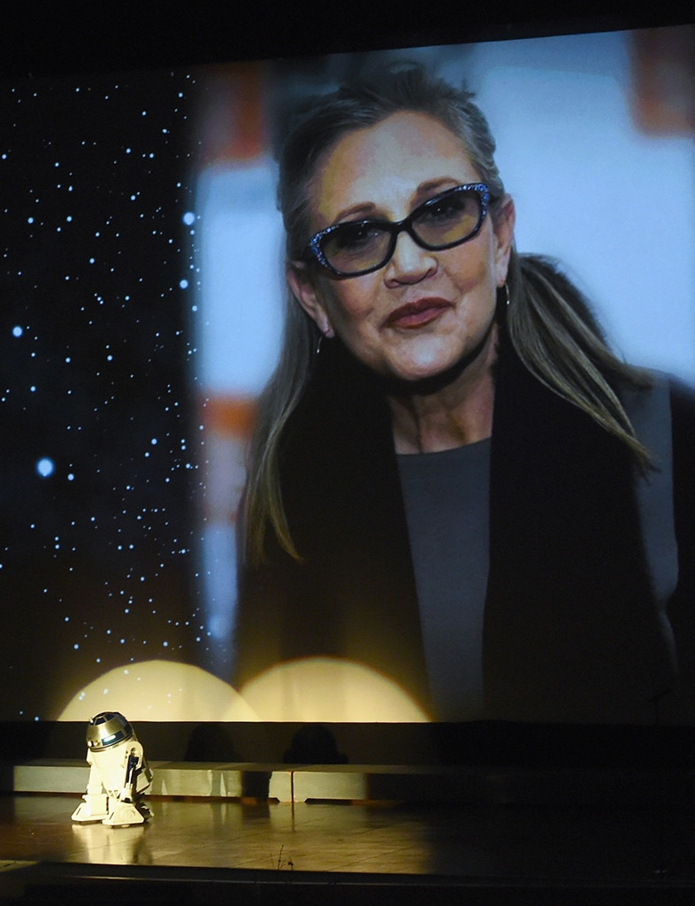 R2D2, Carrie Fisher, Memorial