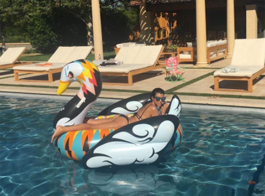 Kourtney Kardashian From Stars Riding Giant Inflatable Pool Toys E News Uk