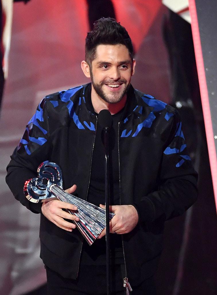 Thomas Rhett, 2017 iHeartRadio Music Awards, Winners