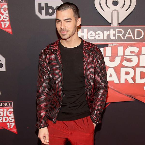 Joe Jonas, 2017 iHeartRadio Music Awards, Arrivals