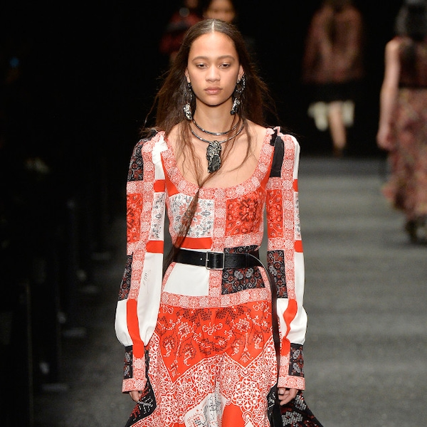 Alexander Mcqueen From Best Looks From Paris Fashion Week Fall 2017 E News Canada