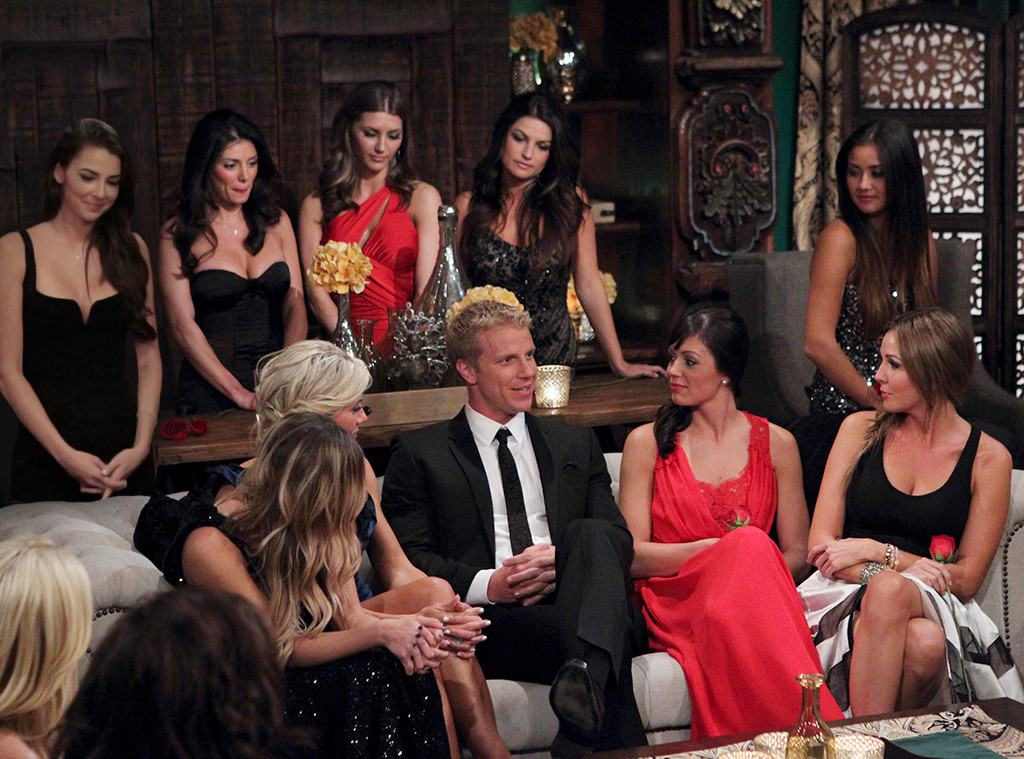 Bachelor Game: Find the wrong cast member
