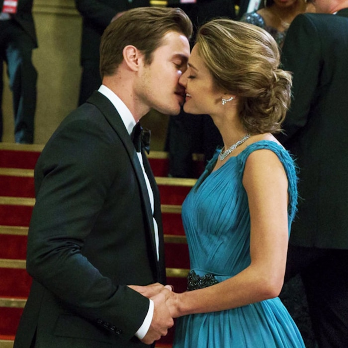 Josh Henderson, Christine Evangelista, The Arrangement, The Arrangement 102, Style