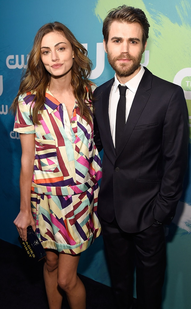 Paul Wesley and Phoebe Tonkin Break Up | E! News