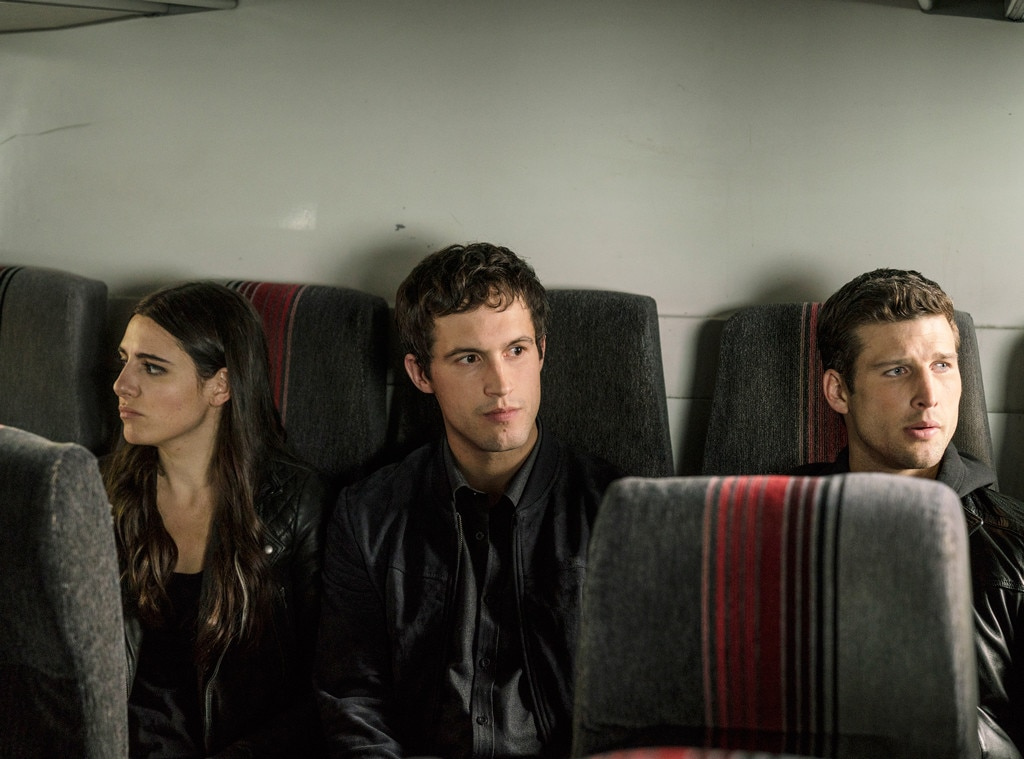 """Imposters Stars Tease The """"Ticking Time Bomb"""" Season 1 Finale: """"It's A Scary Situation"""""""