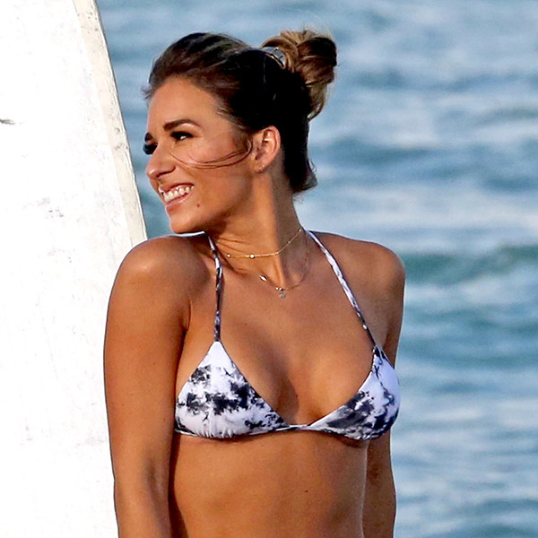 Jessie James Decker Recalls the Moment She Decided to Get Her ''Body Back'' With a Major Lifestyle Change