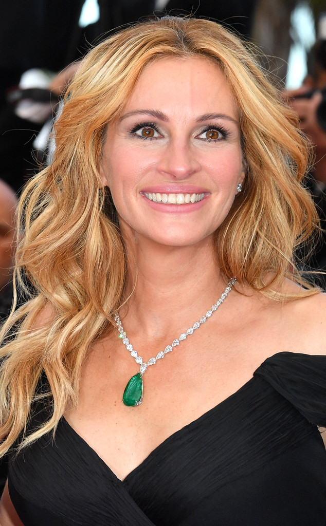 300 Full Movie >> Julia Roberts News, Pictures, and Videos | E! News