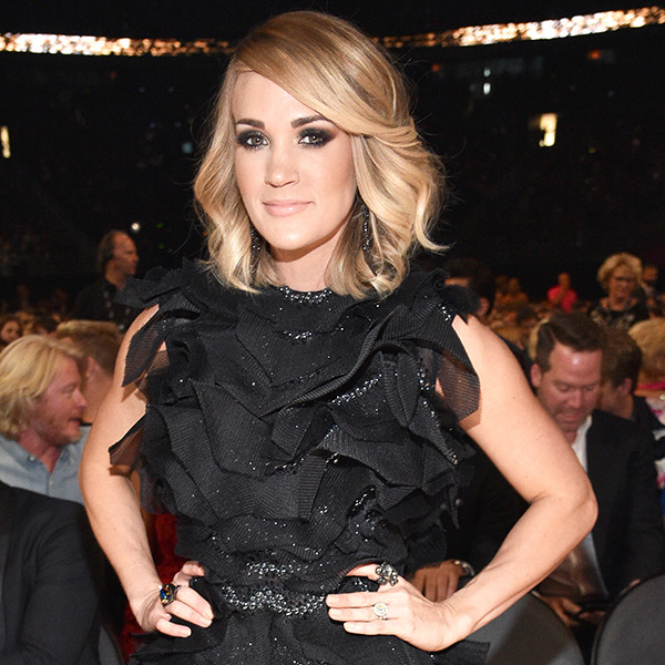 Carrie Underwood, 2017 Academy of Country Music Awards
