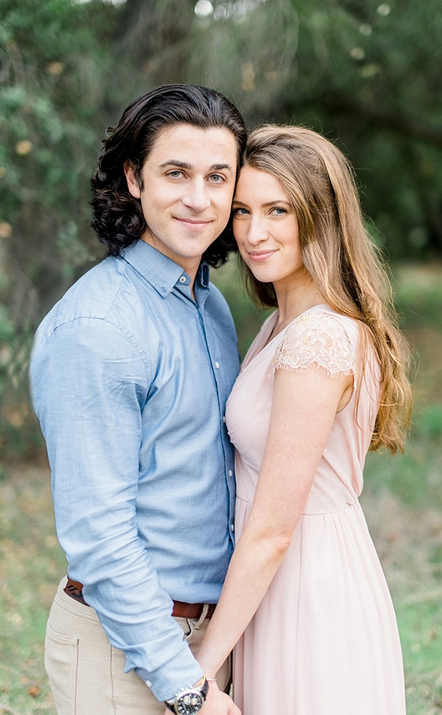 Wizards Of Waverly Place Star David Henrie Marries Longtime Girlfriend Maria Cahill