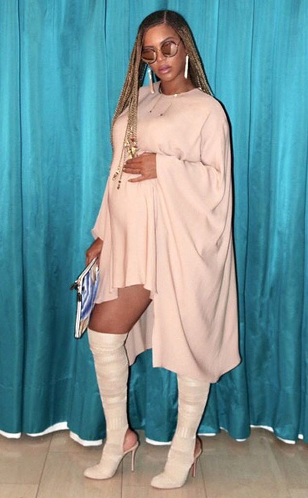 Beyonce, Pregnant, Instagram
