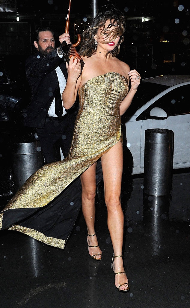 Chrissy Teigen, Caught In The Rain