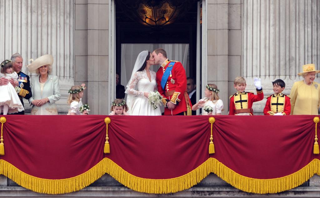 Prince William, Kate Middleton, Royal Wedding, Kiss