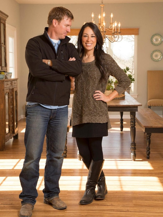 Joanna Gaines, Chip Gaines, Fixer Upper, HGTV