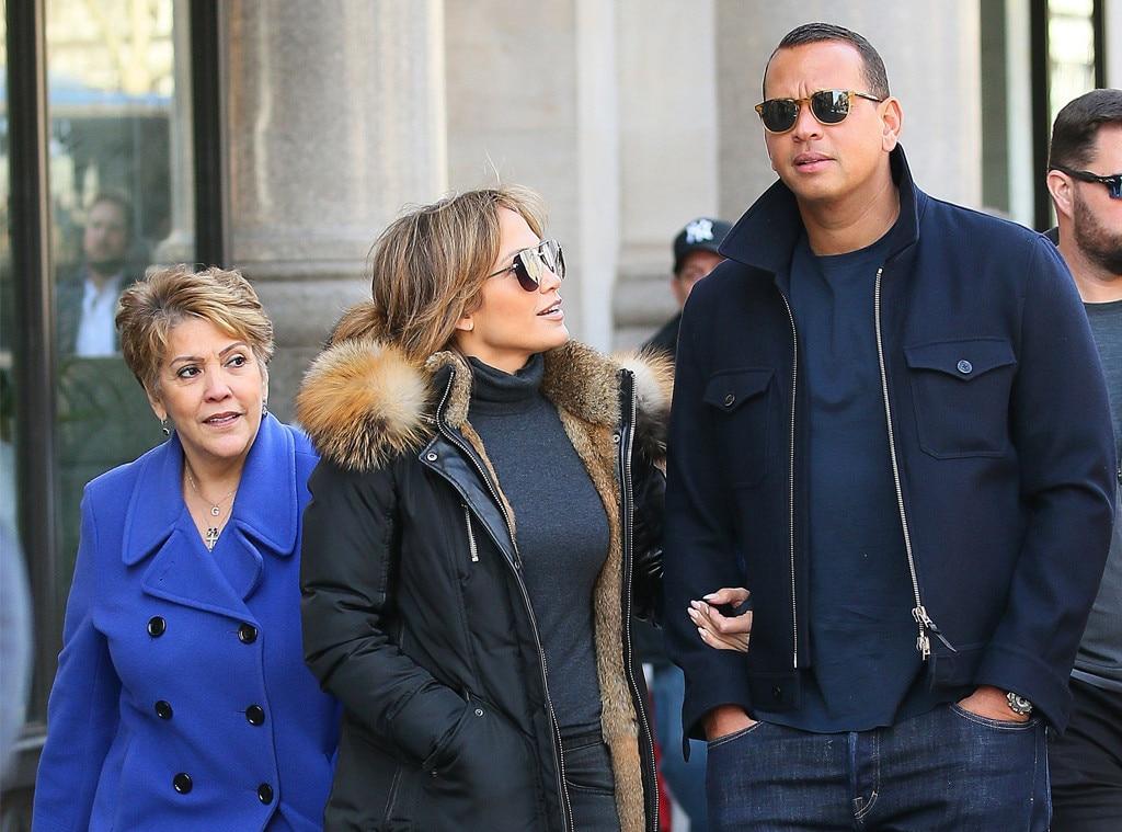 Jennifer Lopez, Alex Rodriguez, Guadalupe Rodríguez