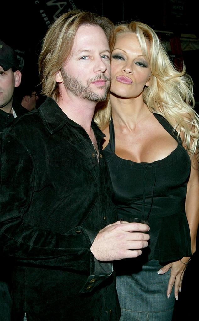 Pamela Anderson , David Spade