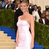 Gwyneth Paltrow Arrives at 2017 Met Gala After Saying She Was ''Never Going Again''