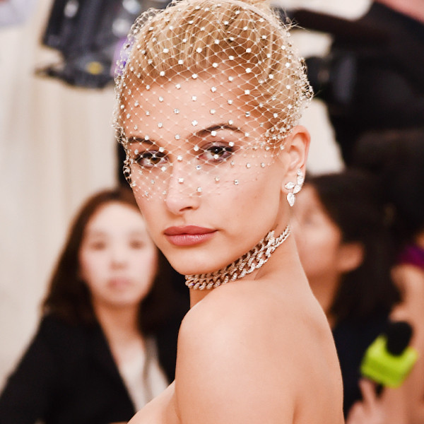 ESC: Met Gala 2017, Best Beauty, Hailey Baldwin
