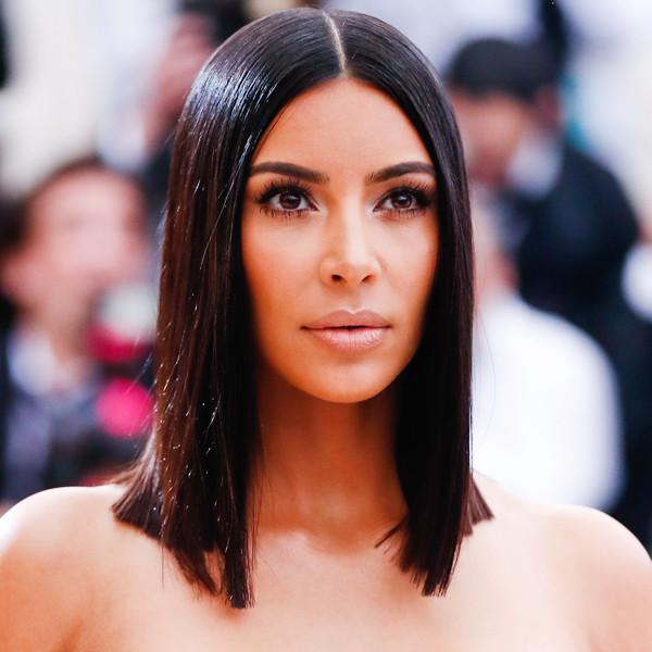 Coachella 2017 fashion - You Re Doing It Wrong Kim Kardashian S Clear Skin At The