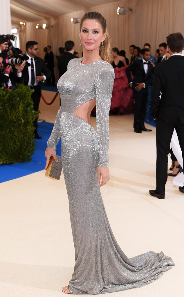 Gisele Bundchen from 2017 Met Gala: Red Carpet Arrivals ...