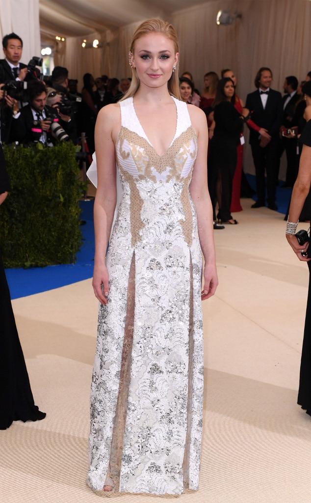 2017 Met Gala: Red Carpet Arrivals Sophie Turner, 2017 Met Gala Arrivals