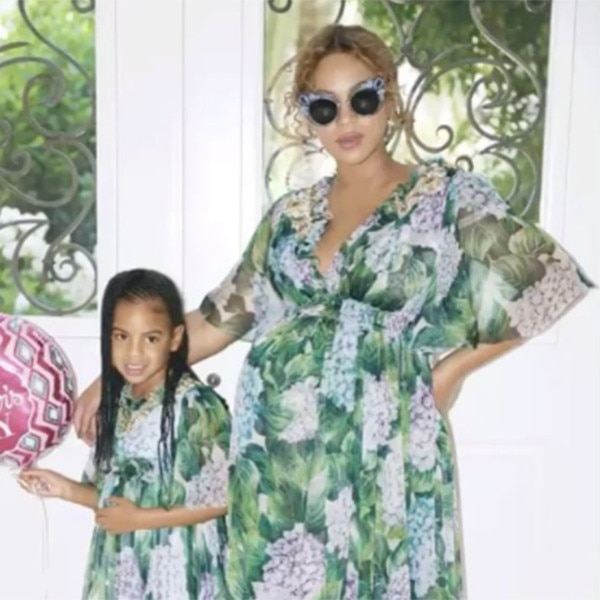 Beyoncé flaunts twin bump at baby shower
