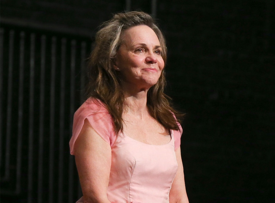 Sally Field, The Glass Menagerie