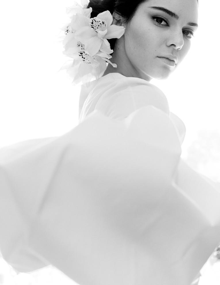 ESC: Kendall Jenner, Vogue India, Embargo